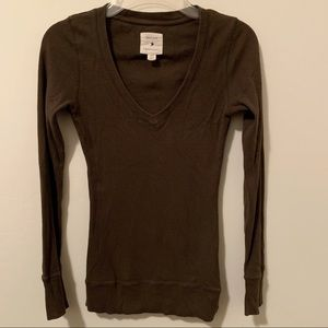 Long sleeved ribbed Henley S olive green